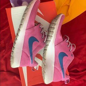 Nike Rosherun Women's